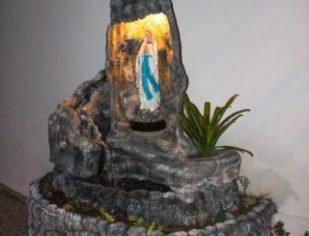 Gruta de Nossa Senhora de Lourdes na Comunidade Santo Amaro - 2018