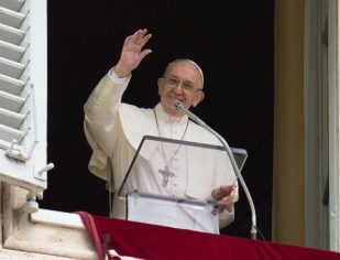 """""""Procurar, encontrar e seguir Jesus, este é o caminho"""", afirma Papa"""