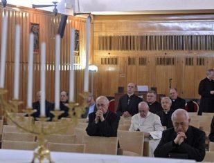Entre os dias 18 e 23/2, Papa Francisco se recolhe para retiro da Quaresma