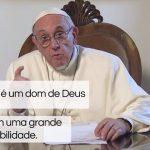 Papa: as redes sociais são um espaço de encontro e solidariedade