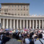Papa no Angelus: distantes de Jesus e de seu amor, nos perdemos