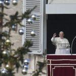 Papa Angelus: O centro da nossa vida é Jesus e a sua palavra de luz, amor e consolação