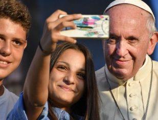 Papa: o direito ao futuro também é um direito humano