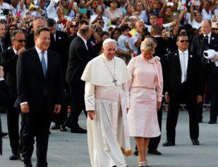 Papa despede-se do Panamá: é preciso multiplicar a esperança