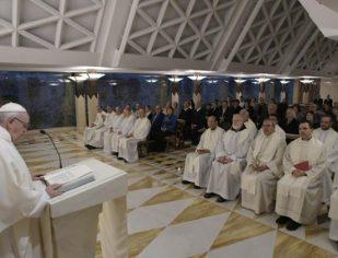 O Senhor nos pergunta onde está o irmão necessitado no nosso coração, diz o Papa