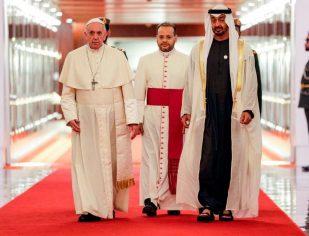 Papa Francisco chega a Abu Dhabi nos Emirados Árabes Unidos