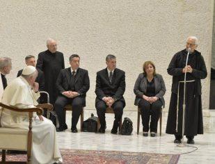 Prisões precisam ser laboratórios de humanidade e esperança, diz Papa Francisco
