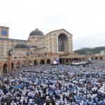 Quase 80 mil fiéis se reúnem no Santuário de Aparecida em Romaria do Terço dos Homens
