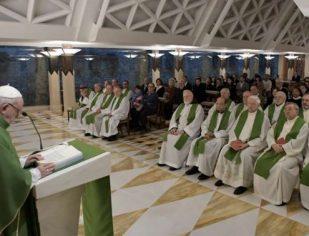 Deus nos ama com o coração e não com as ideias, afirma o papa Francisco