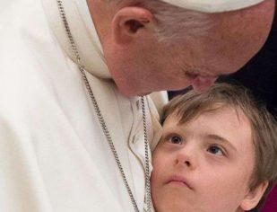 Papa Francisco recorda Dia Internacional da Síndrome de Down