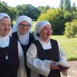 Irmãs com Síndrome de Down: Alegria da vida contemplativa partilhada