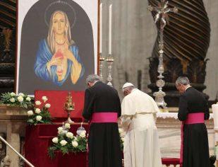 Angelus: dizer-se cristão não é o mesmo que ser cristão, é preciso coerência